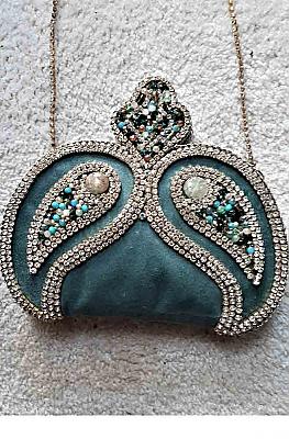 Exquisite Velvet Rhinestone applique Elegant Clutch Purse 01