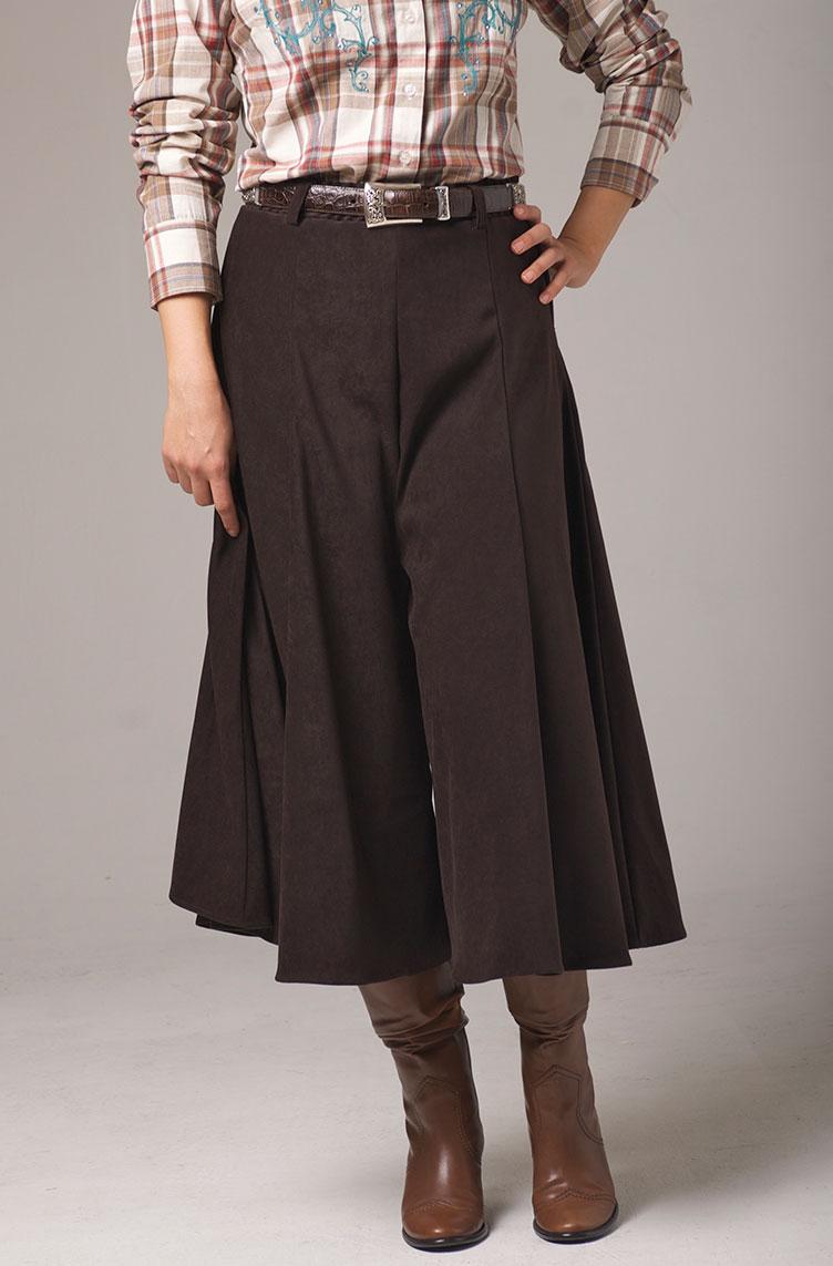 Gaucho Pants in Brown