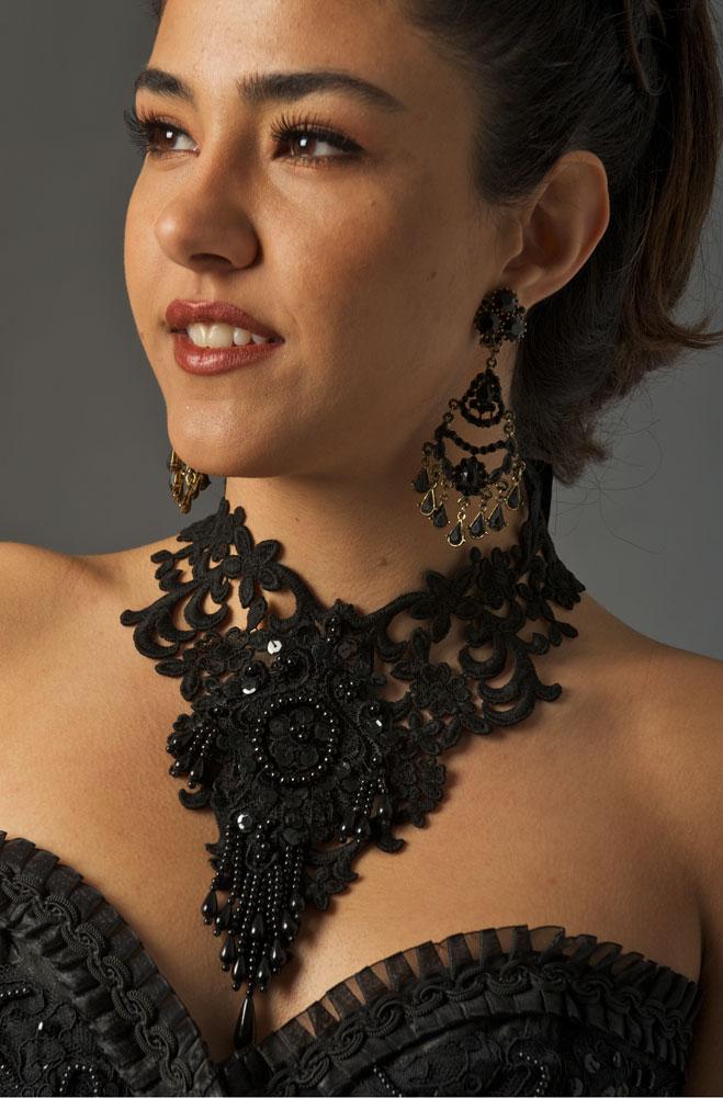 Lace Beaded Neck Piece. #1603BK