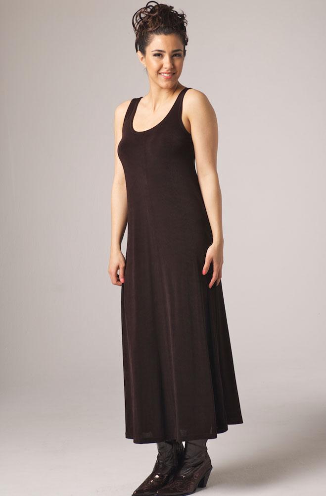 Sleevless Long Scoop Neck Dress