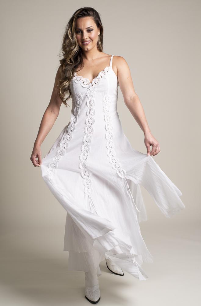 Western Wedding Dresses.White Bohemian Western Wedding Dress In Cotton Drct 1118