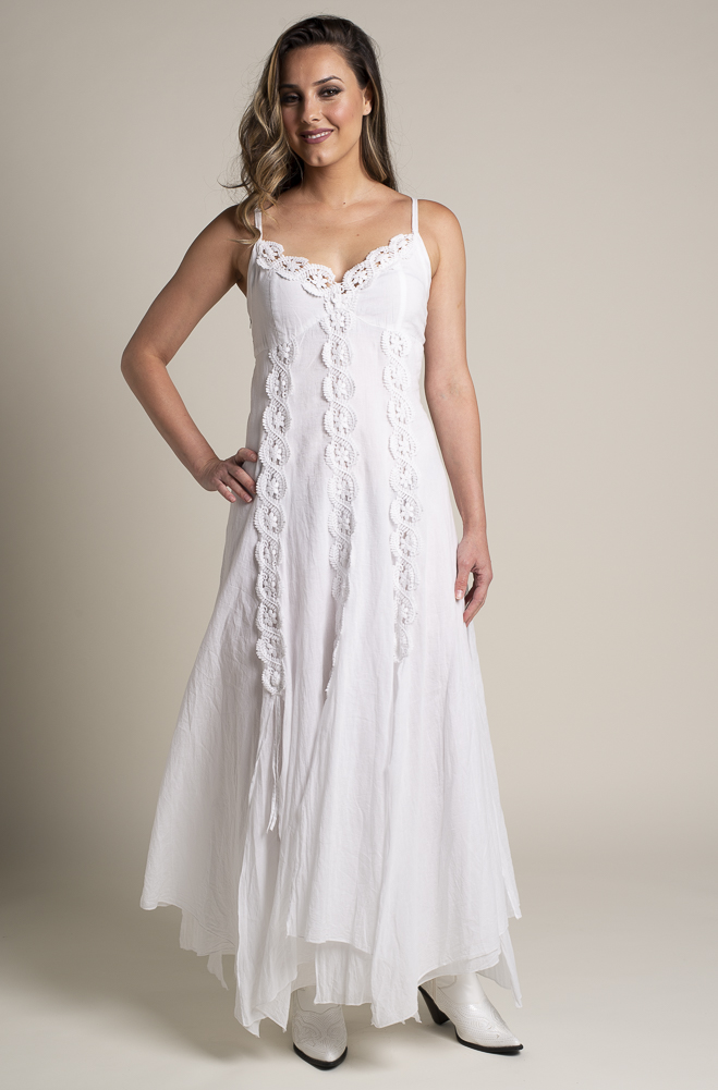 1870194fc3 White Bohemian Western Wedding Dress in Cotton.  DRCT 1118