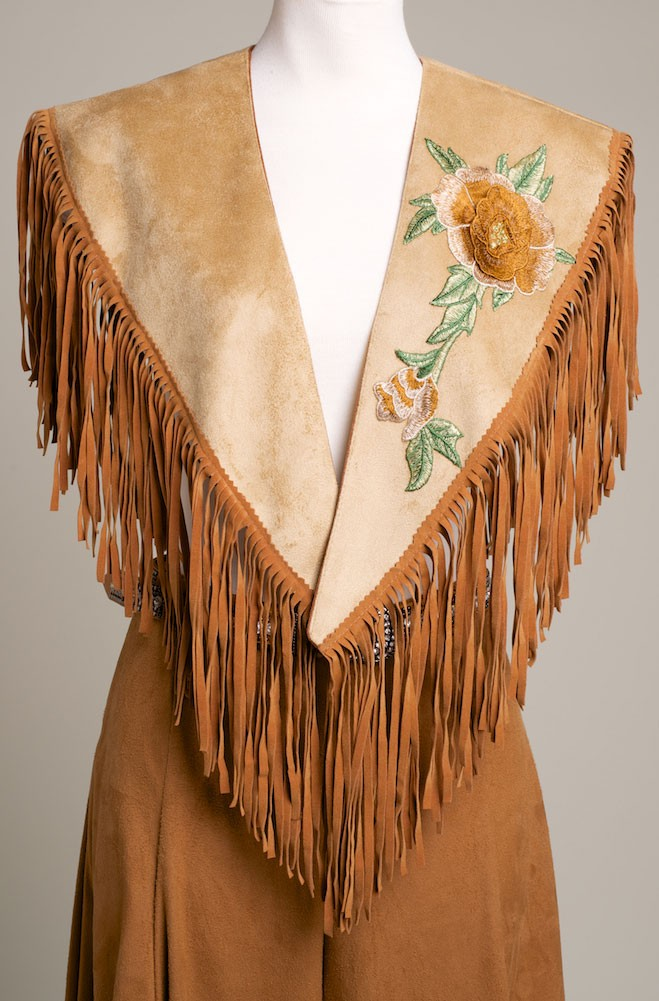 Floral Embroidered Applique Shawl. (2 weeks to ship) [Limited Edition]. #SH1023-17