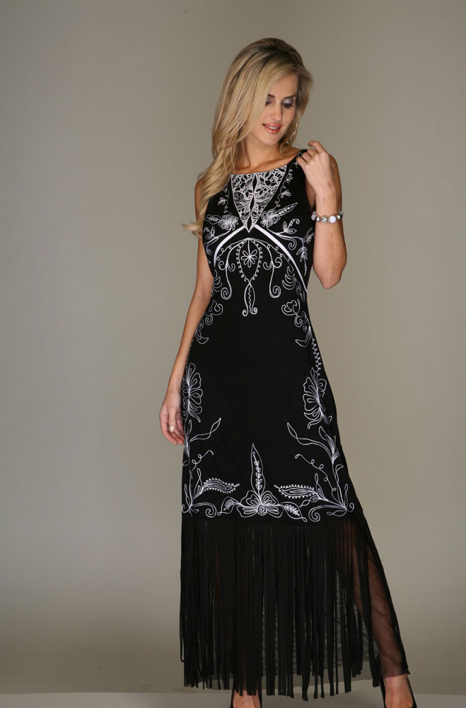 Black and White Embroidered Dress. #VIV318