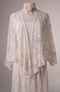 Ivory Lace Romantic ruffled Western Shawl. (7 days to ship). #2086 Lace